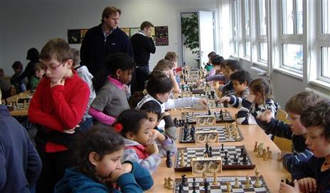 Apprendre le jeu d'échecs à l'école