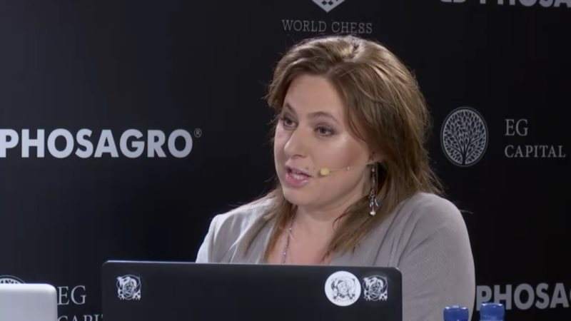 Carlsen Karjakin 2016 partie- 10 Judith Polgar