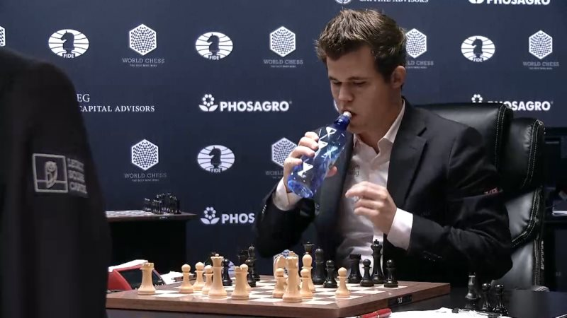 Carlsen Karjakin 2016 partie 6 coup 16