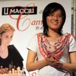 La Championne du Monde 2013 Hou Yifan