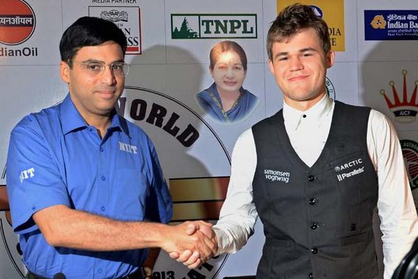 Viswanathan Anand et Magnus Carlsen au Championnat du Monde d'échecs 2014
