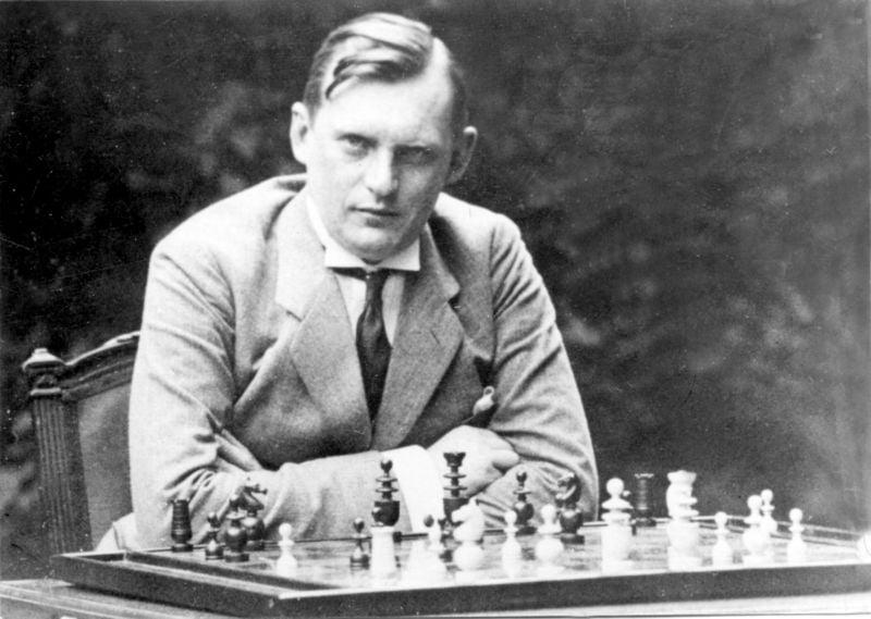 Alexandre Alekhine Champion du Monde d'échecs
