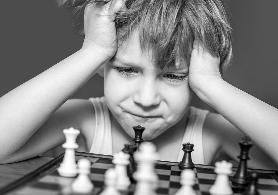 Apprendre à jouer aux echecs aux enfants