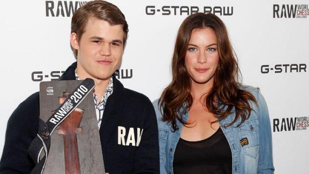 Magnus Carlsen et Liv Tyler