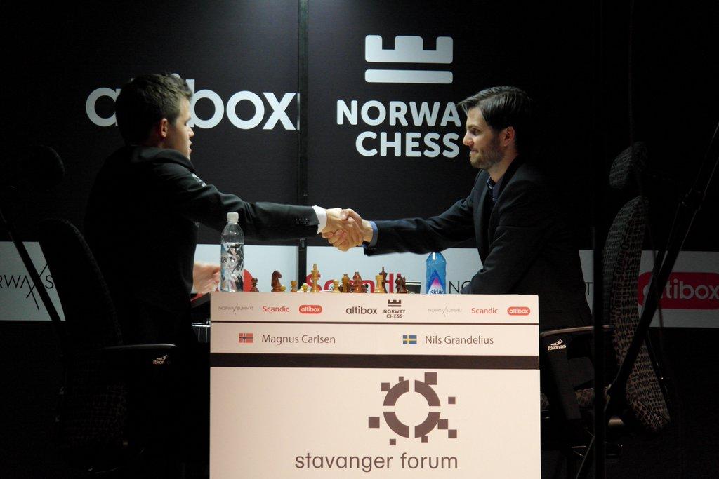 Norway Chess 2016 Ronde 3 Victoire de Magnus Carlsen contre Nils Grandelius