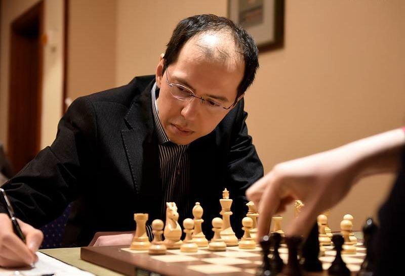 Rustam Qosimjonov Champion du Monde d'échecs