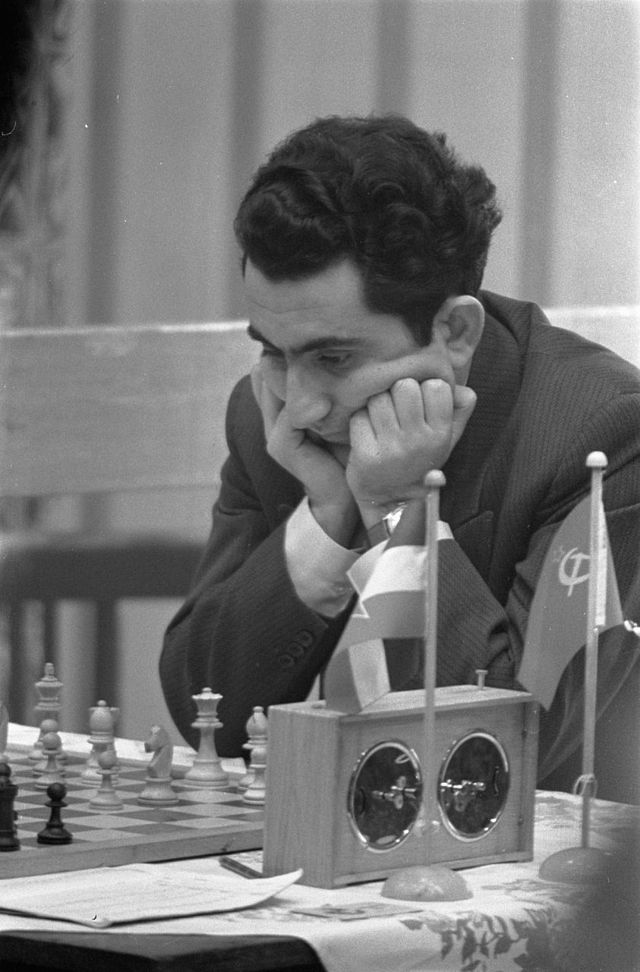 Tigran Petrossian