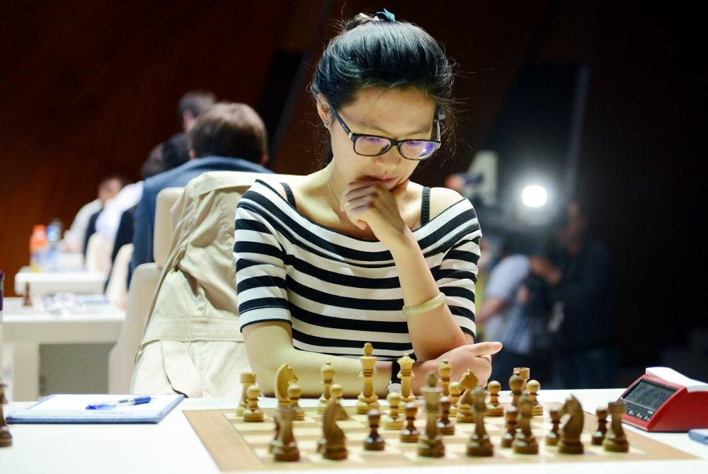 Shamkir chess 2016 Ronde 2 Hou Yifan