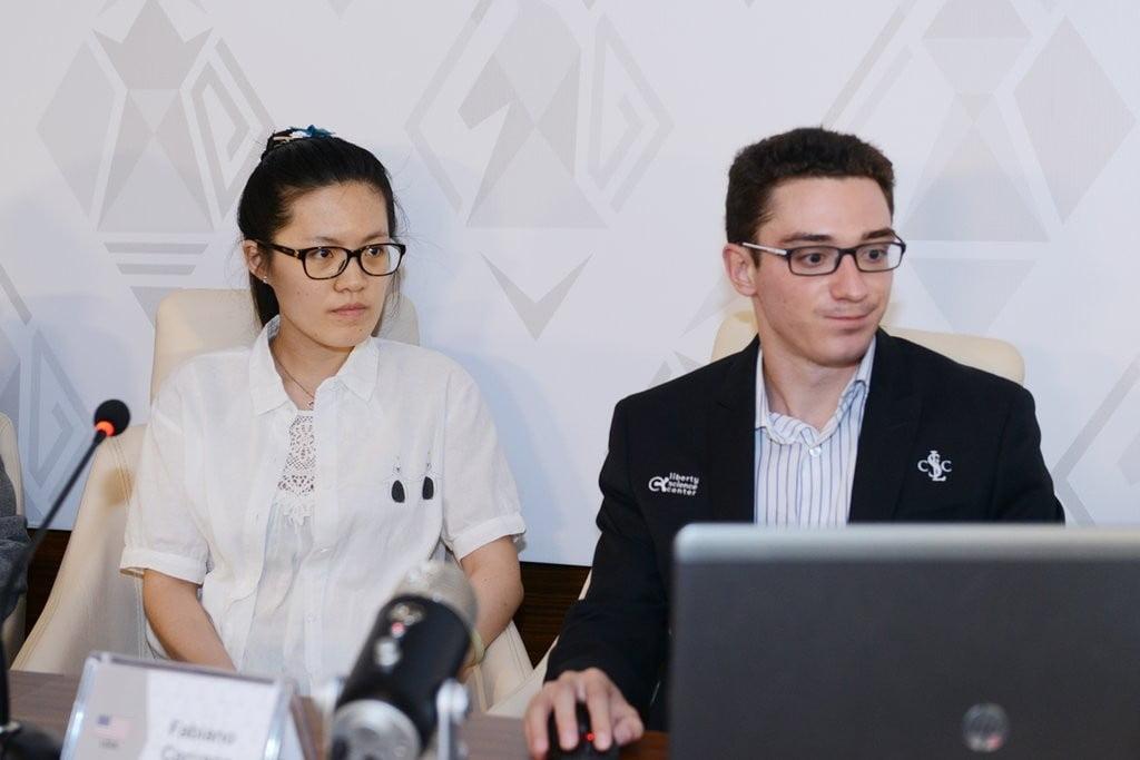 Shamkir Chess 2016 Ronde 3 Fabiano Caruana et Hou Yifan en analyse