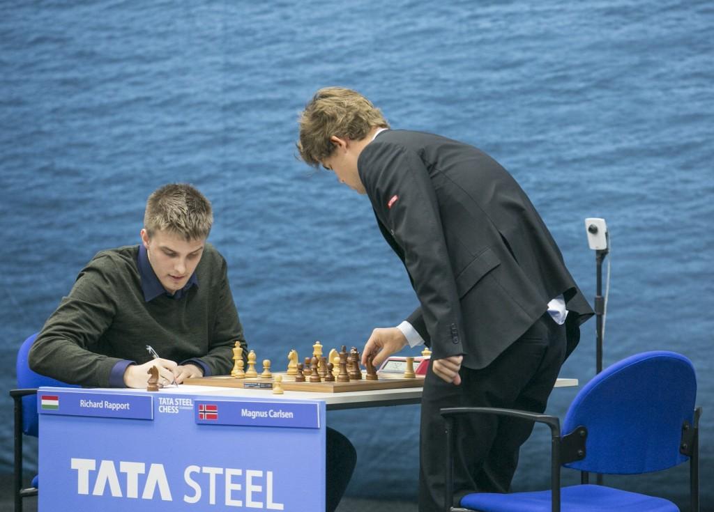Tata Steel Chess Masters 2017 ronde 8 Richard Rapport - Magnus Carlsen
