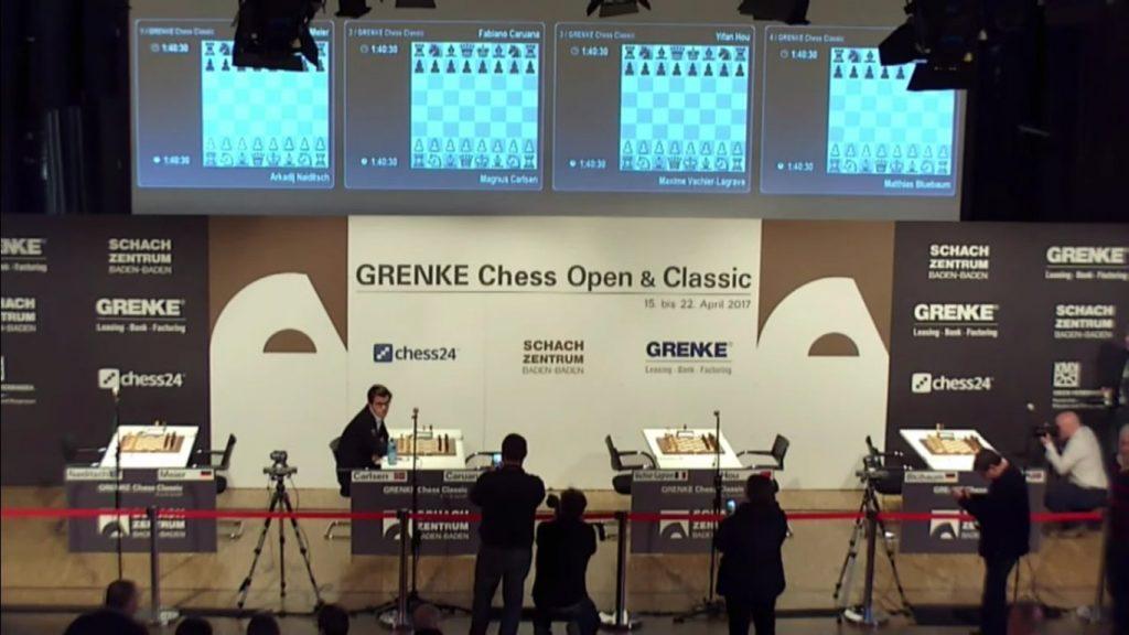 Grenke Chess Classic 2017 Ronde 4 Magnus Carlsen seul en cene