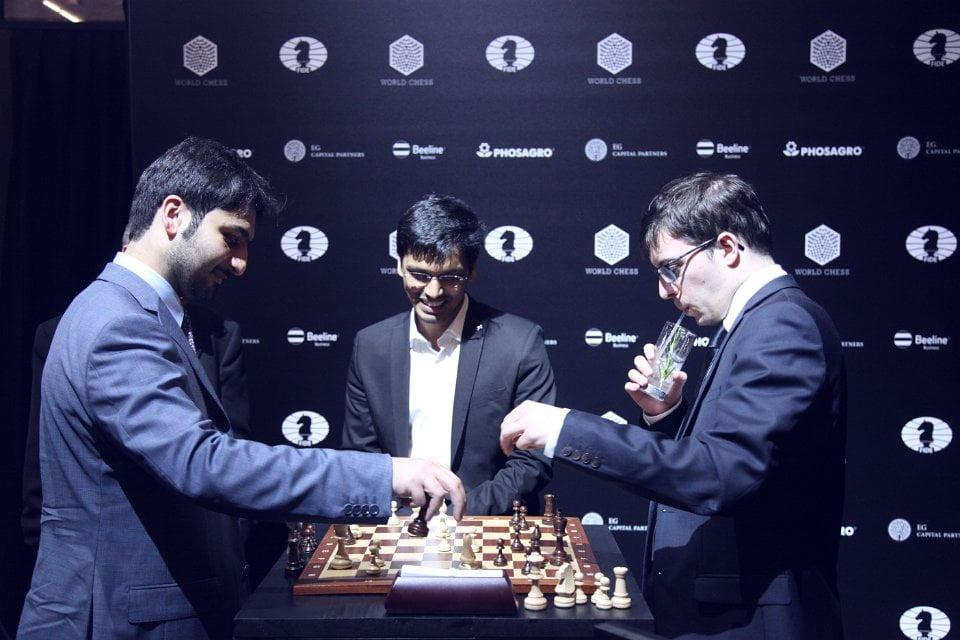 Grand Prix FIDE 2017 Moscou Cérémonie de clôture Vachier-Lagrave Harikrishna