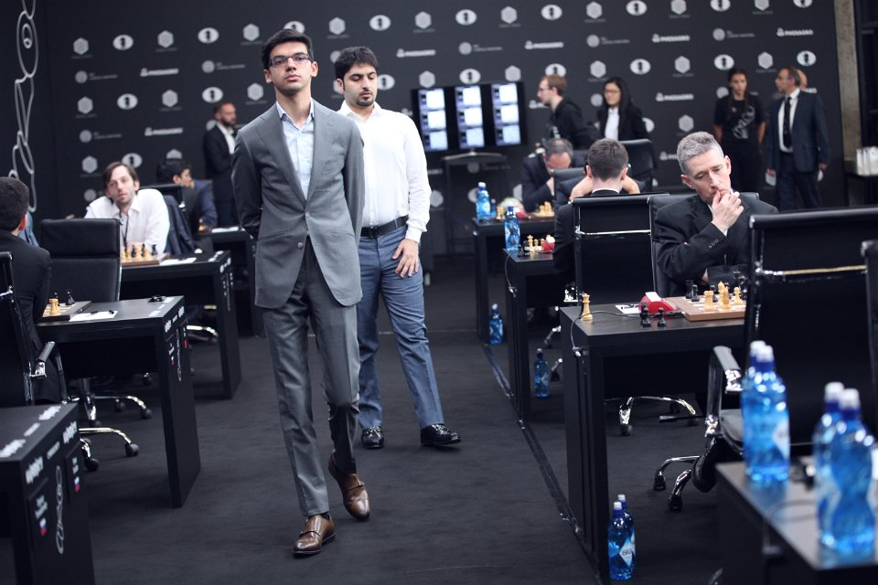 Grand Prix FIDE 2017 Moscou Ronde 1 Anish Giri