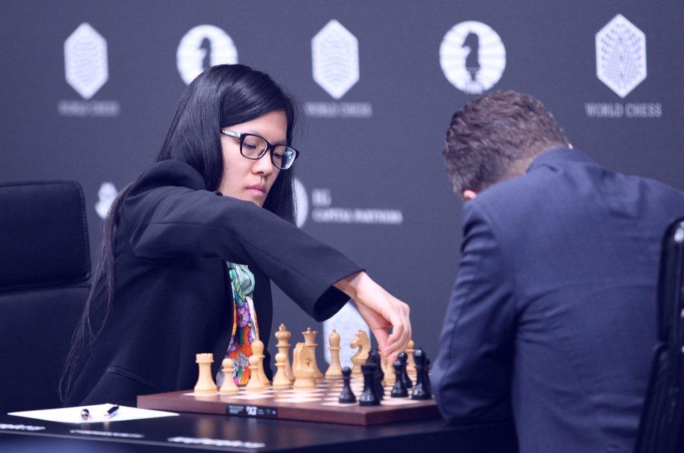 Grand Prix FIDE 2017 Moscou ronde 7 Hou yYifan