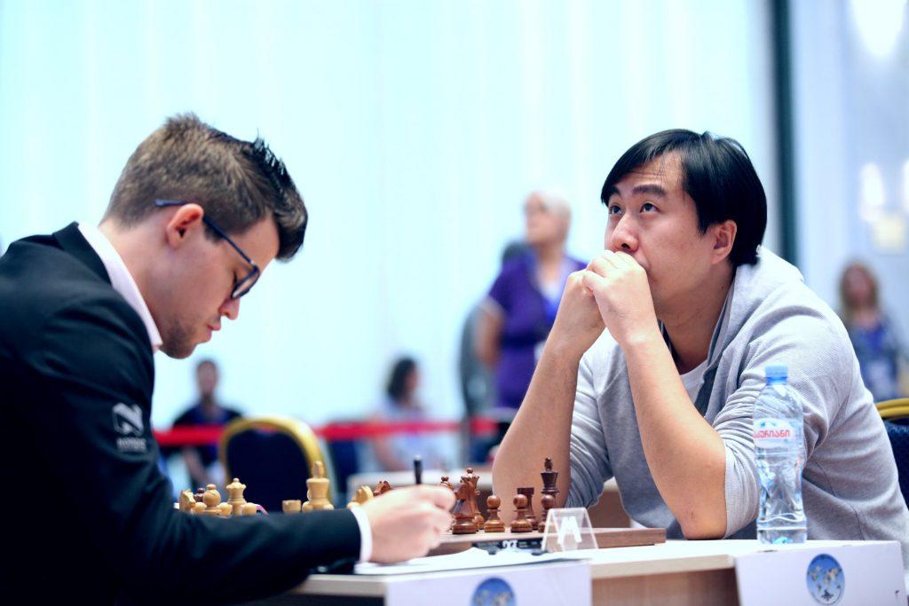 Coupe du Monde-d'échecs FIDE 017 ronde 3 1 Carlsen-Bu