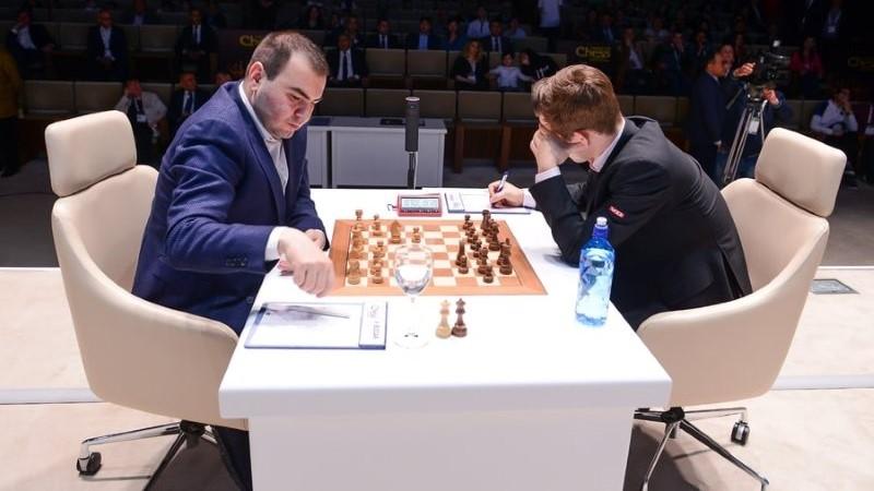Shamkir Chess 2018 ronde 1 Mamedyarov-Carlsen