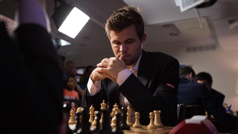 Sinquefield Cup 2018 ronde 2 Magnus Carlsen
