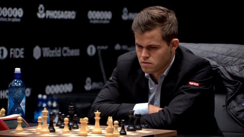 Championnat du Monde d'échecs 2018 partie 1 Magnus Carlsen coup 41