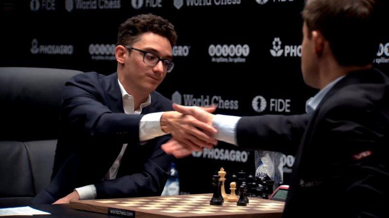 Championnat du Monde d'échecs 2018 partie 1
