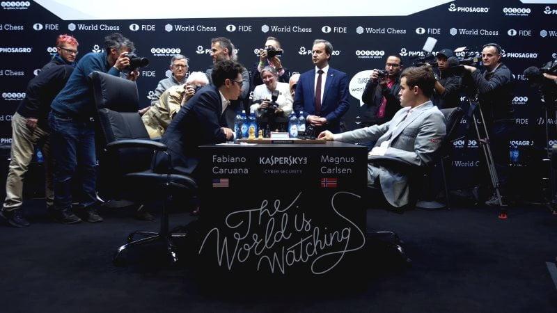Championnat du Monde d'échecs 2018 partie 12 début