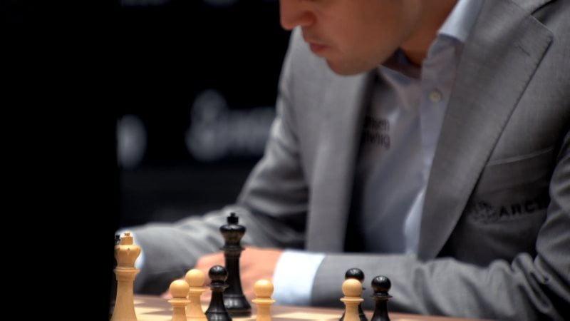 Championnat du Monde d'échecs 2018 partie 3 Magnus Carlsen