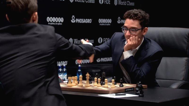 Championnat du Monde d'échecs 2018 partie 4 poignée mains finale