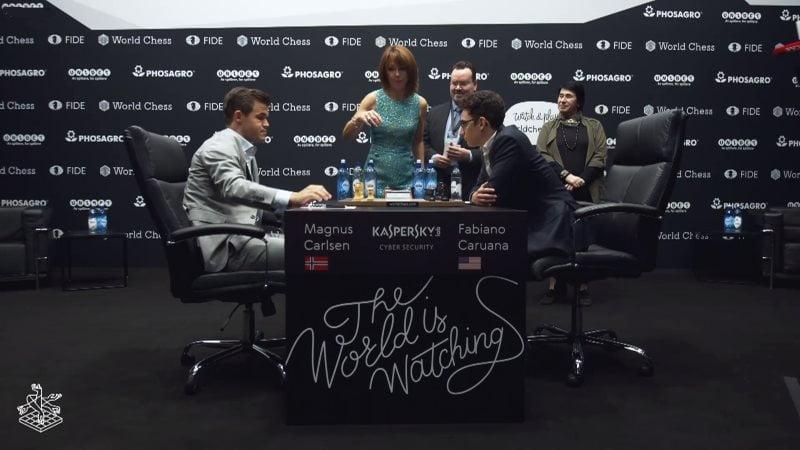 Championnat du Monde d'échecs 2018 partie 6 premier coup