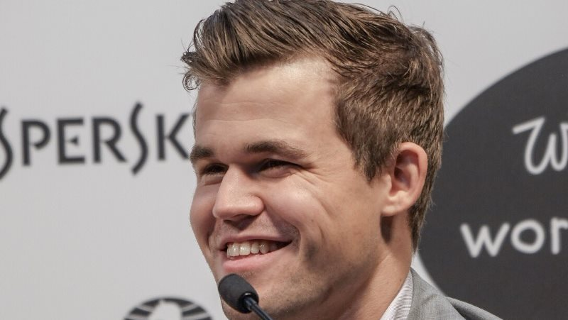Magnus Carlsen Champion du Monde d'échecs 2018