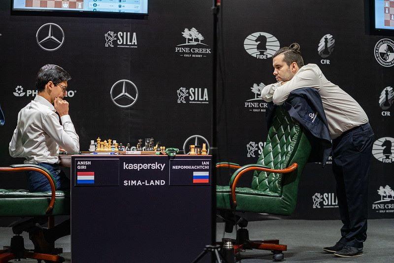 Tournoi des Candidats 2020 ronde 1 Giri-Nepomniachtchi