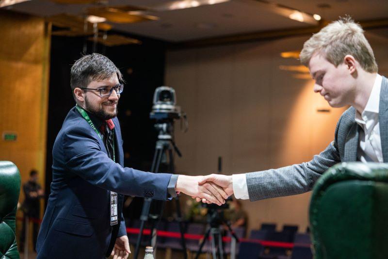 Tournoi des Candidats 2020 ronde 5 Alekseenko - Vachier-Lagrave